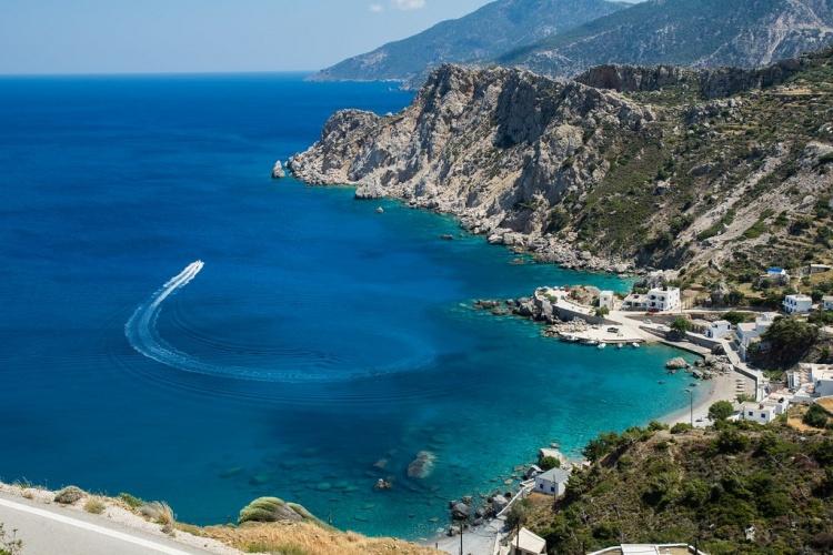 Пляж Агиос Николаос, Крит