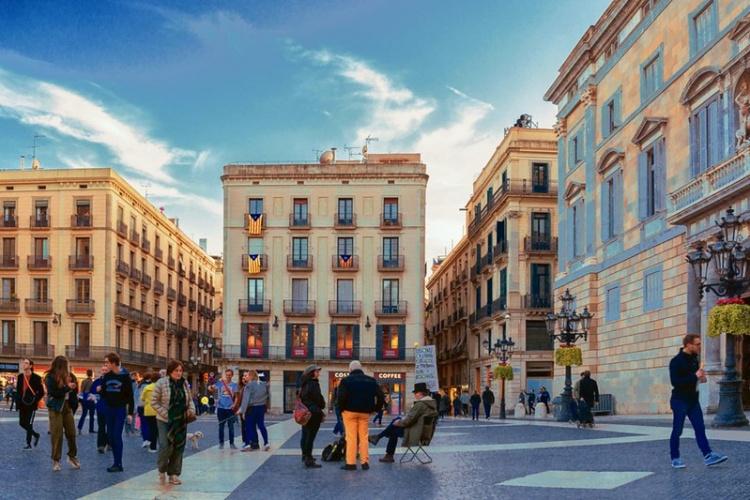 Площадь Святого Иакова в Барселоне, Готический квартал