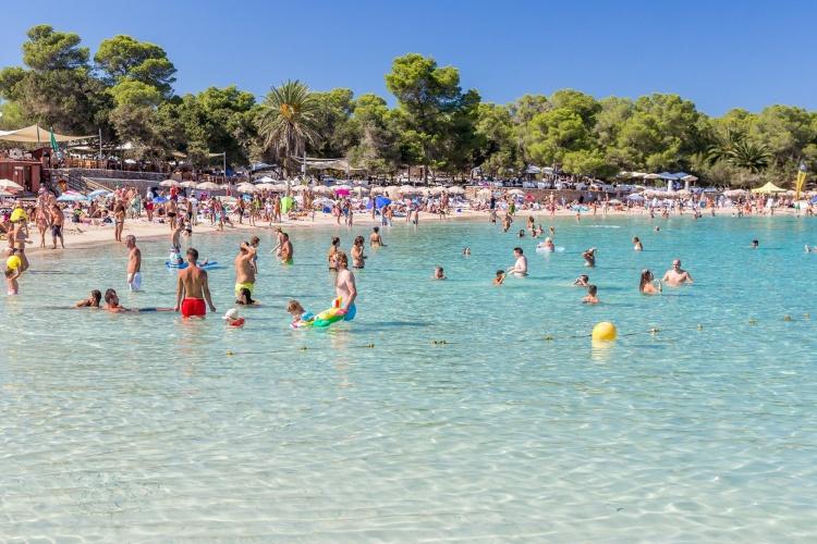 Кала Босса пляж на Ибице