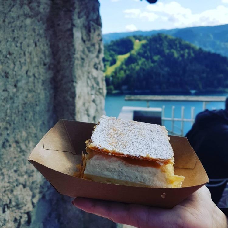 Десерты Словении, город Блед