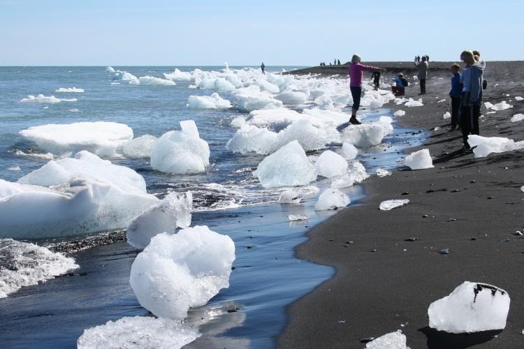 Бриллиантовый пляж в Исландии