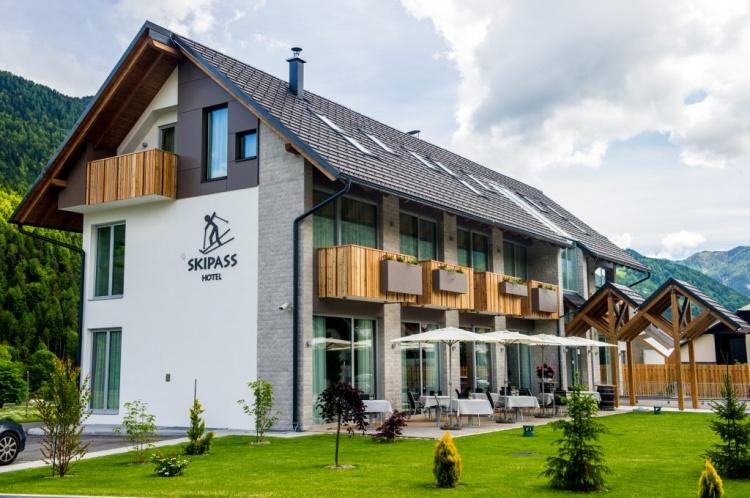 Отели в Краньска Гора, Skipass Hotel