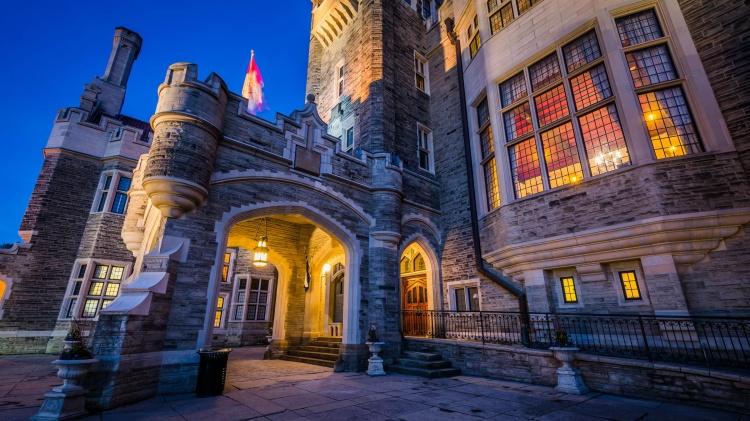 Замок Каса Лома в Торонто