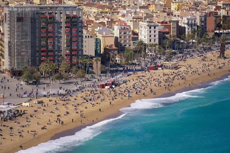 Пляж Барселонета, Испания