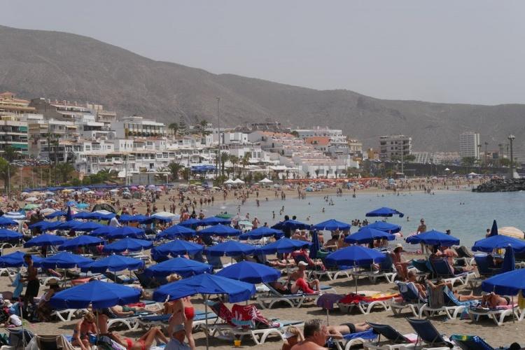 Популярный пляж Тенерифе, Плайя де Лас Вистас
