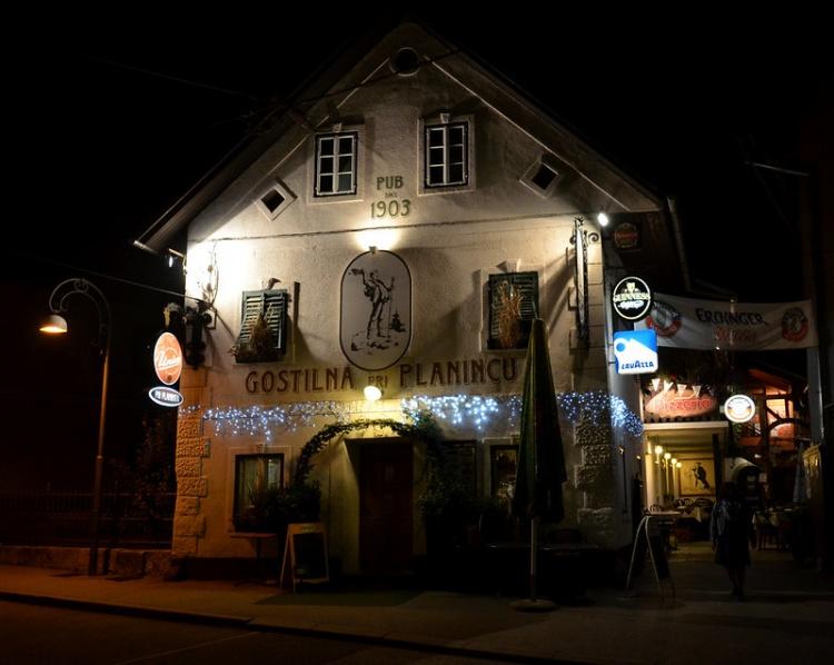 Ресторан и паб в Бледе, Gostilna Pri Planincu