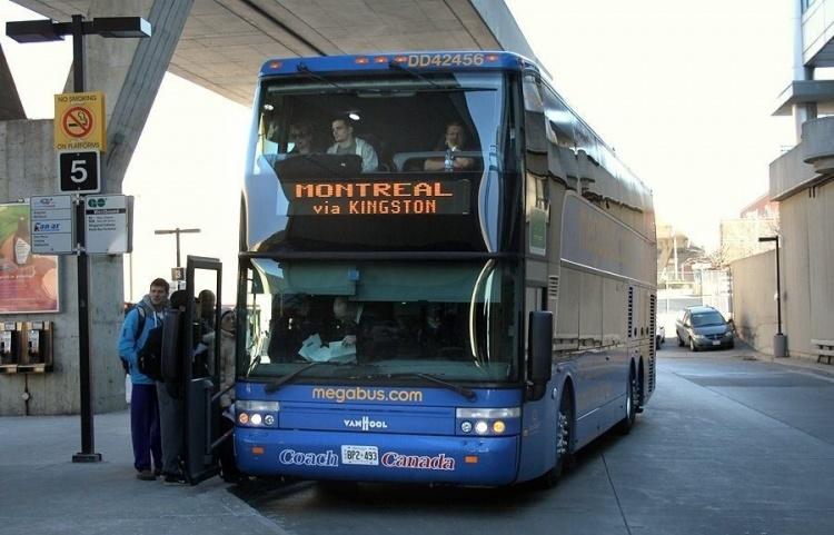 Автобусы в Канаде