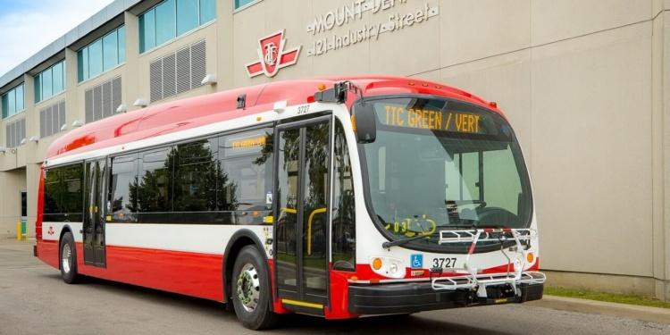 Автобусы в Торонто