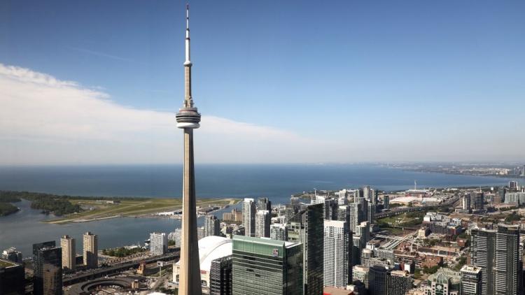 Башня в Торонто