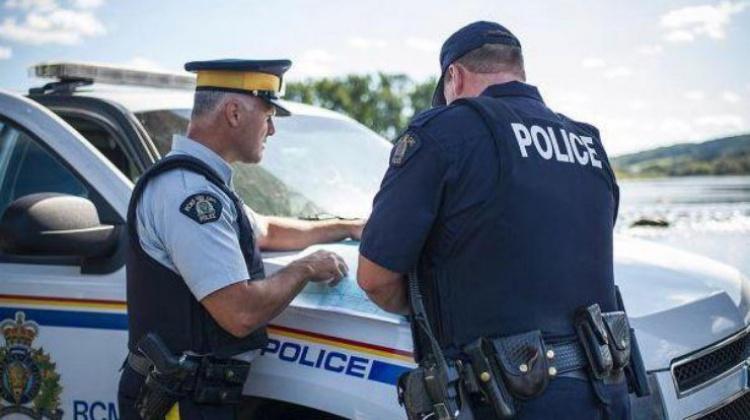 Общение с канадскими полицейскими