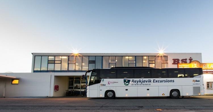 Автобусы до внутреннего аэропорта Рейкьявика