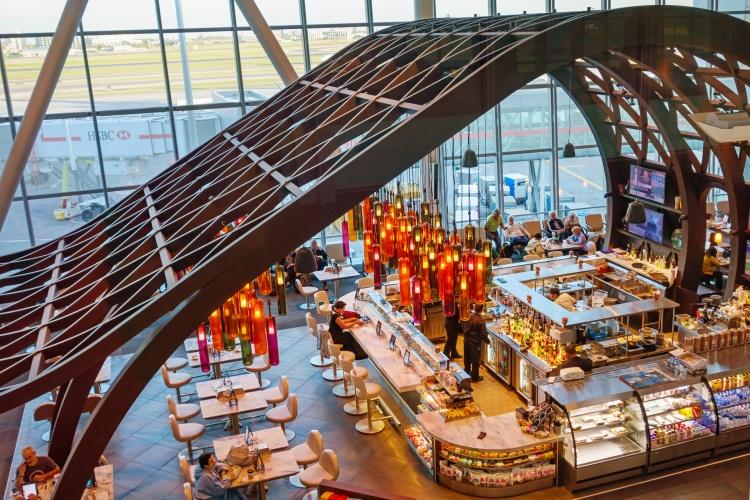 Сервисы в аэропорту Бишоп в Торонто