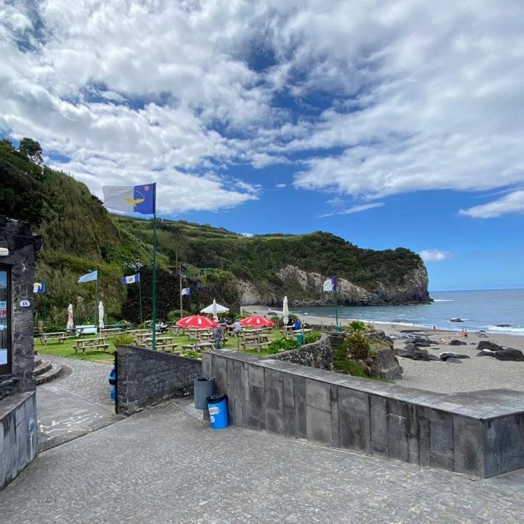 Пляжи в Португалии, остров Сан Мигел
