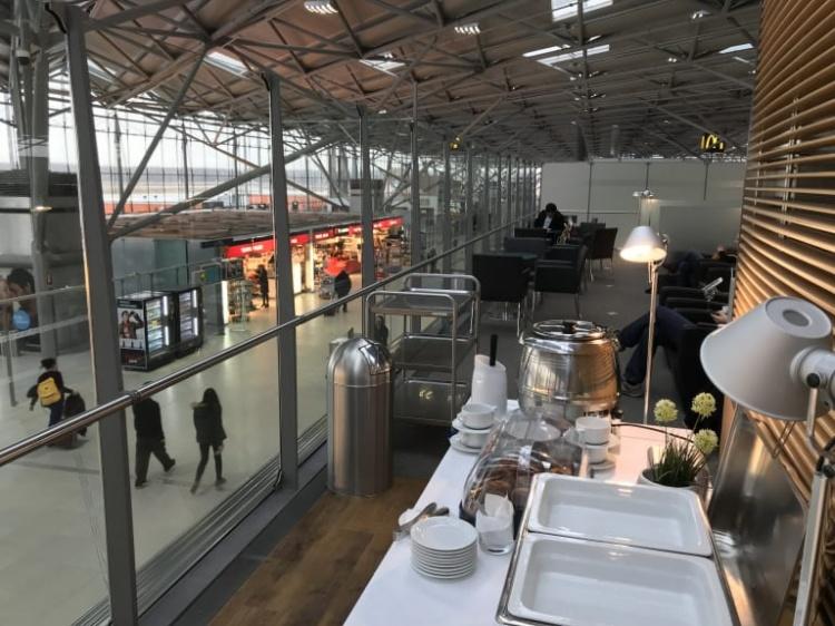 Лаунж в аэропорту Кельна