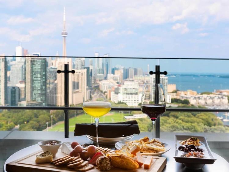 Ресторан в Торонто