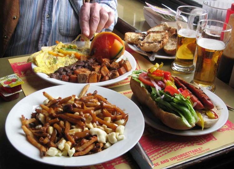 Еда в Монреале