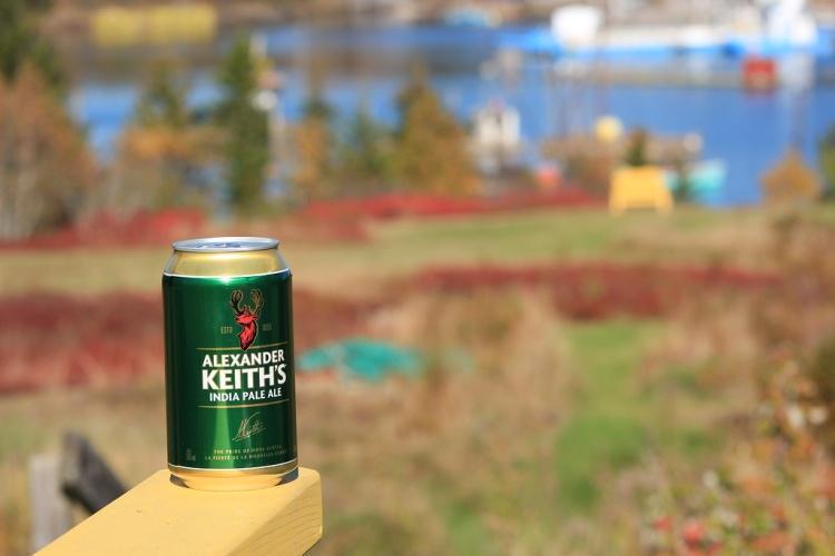 Пиво Alexander Keith's