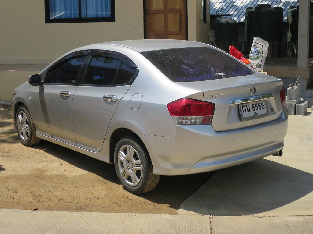 Honda City - прокат авто в Пхукете