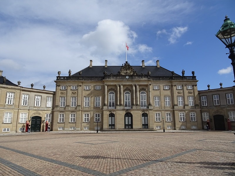 Копенгаген - дворец Amalienborg Palace