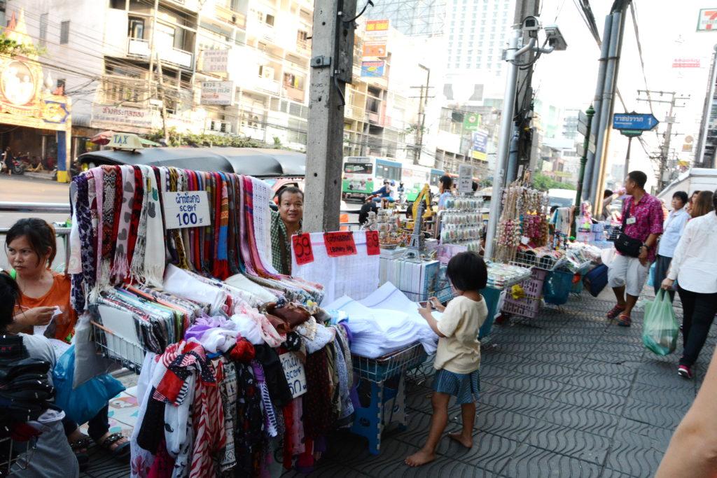 одежда из Таиланда