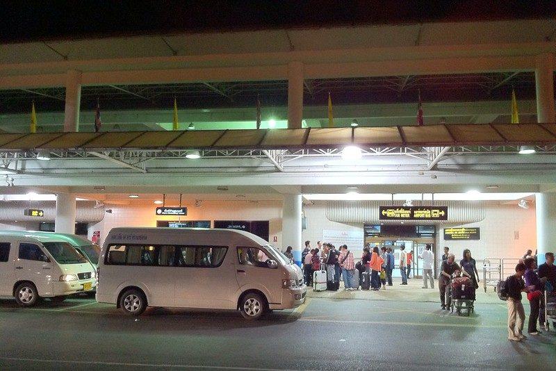 Как добраться из аэропорта Пхукет