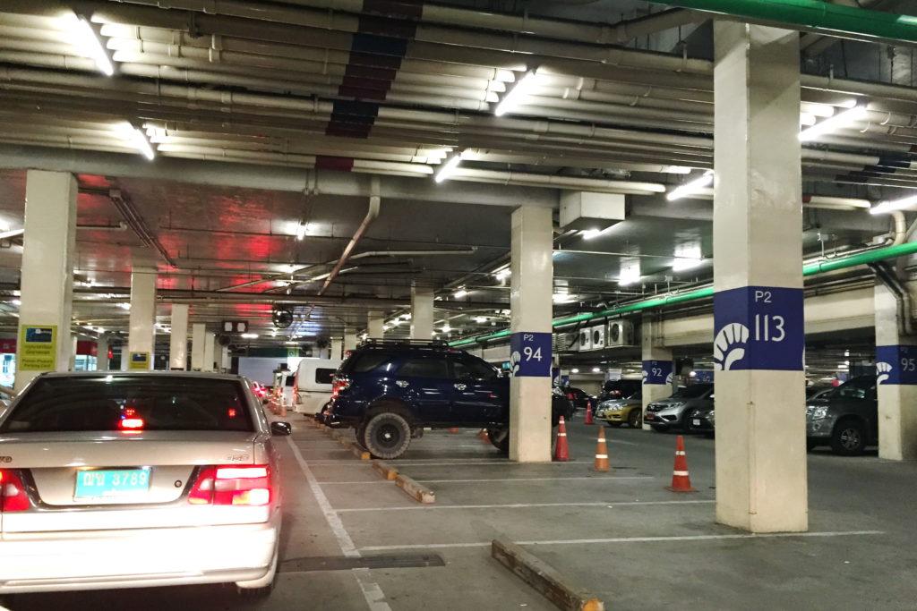Парковка в Таиланде