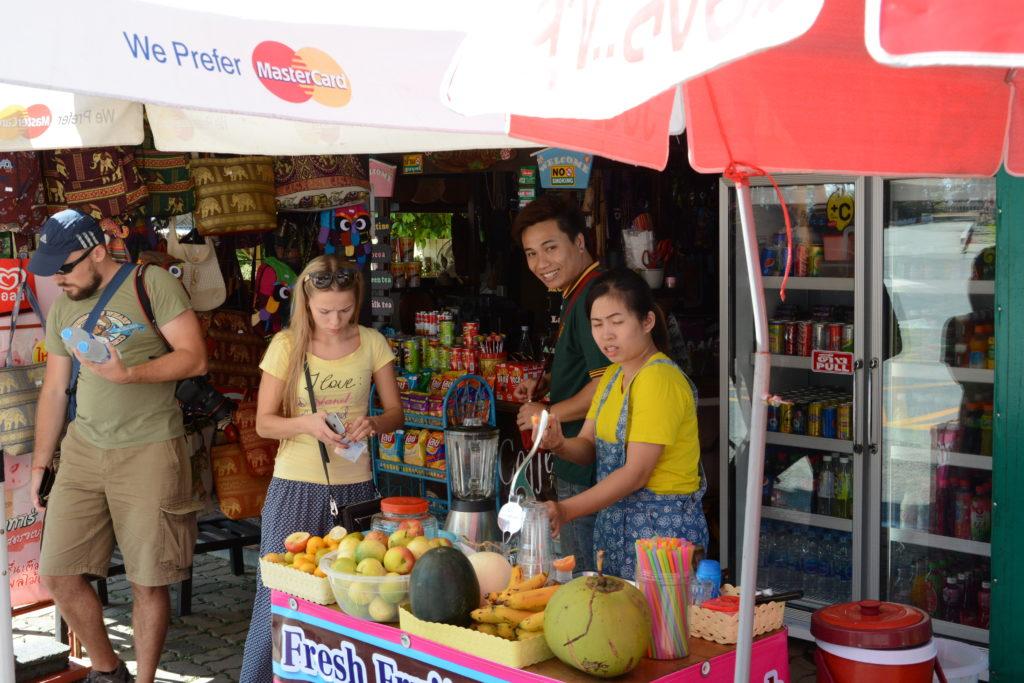 Таиланд люди