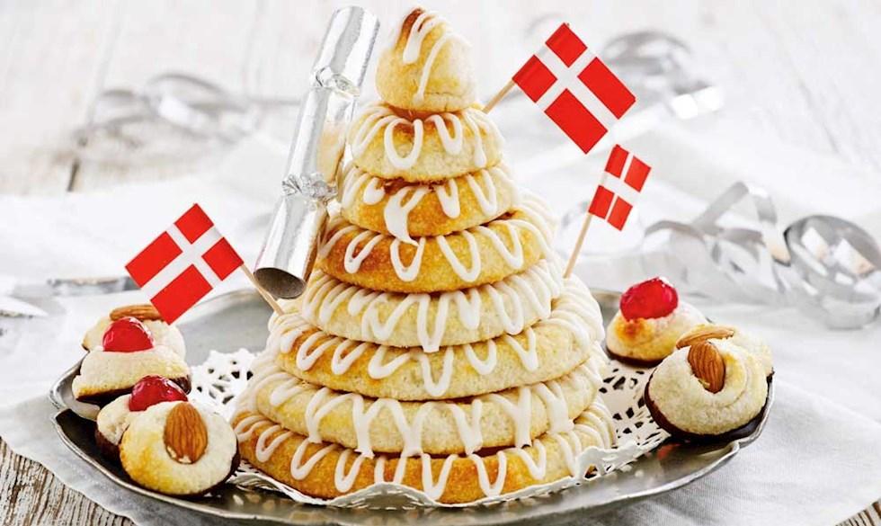 Дания Новогодний десерт kransekage