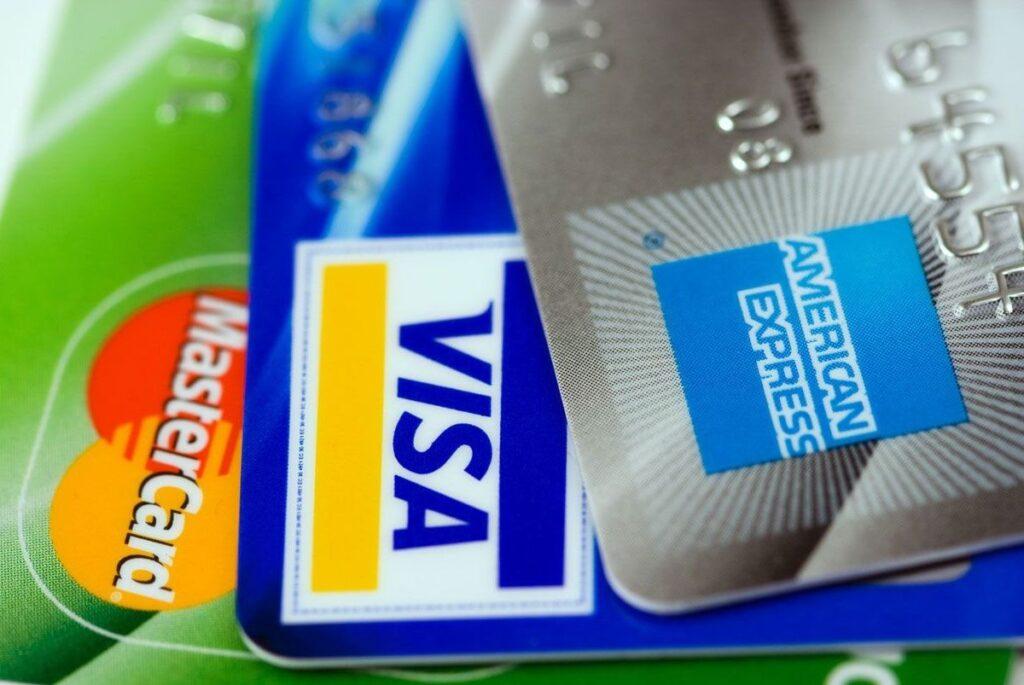 Сколько денег можно ввозить в Данию - Кредитные карты и путешествие