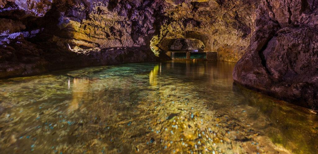 Вулканические пещеры Сан-Висенти