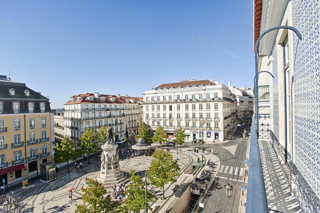 Какой район Лиссабона считается центром ночной жизни