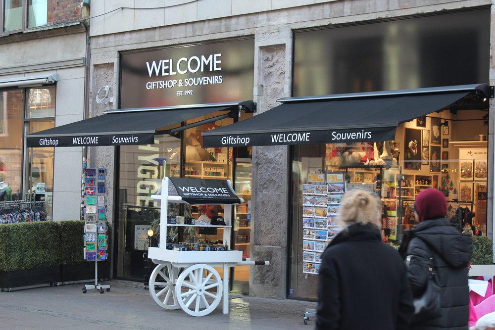 Магазин Welcome Giftshop & Souvenirs Копенгаген