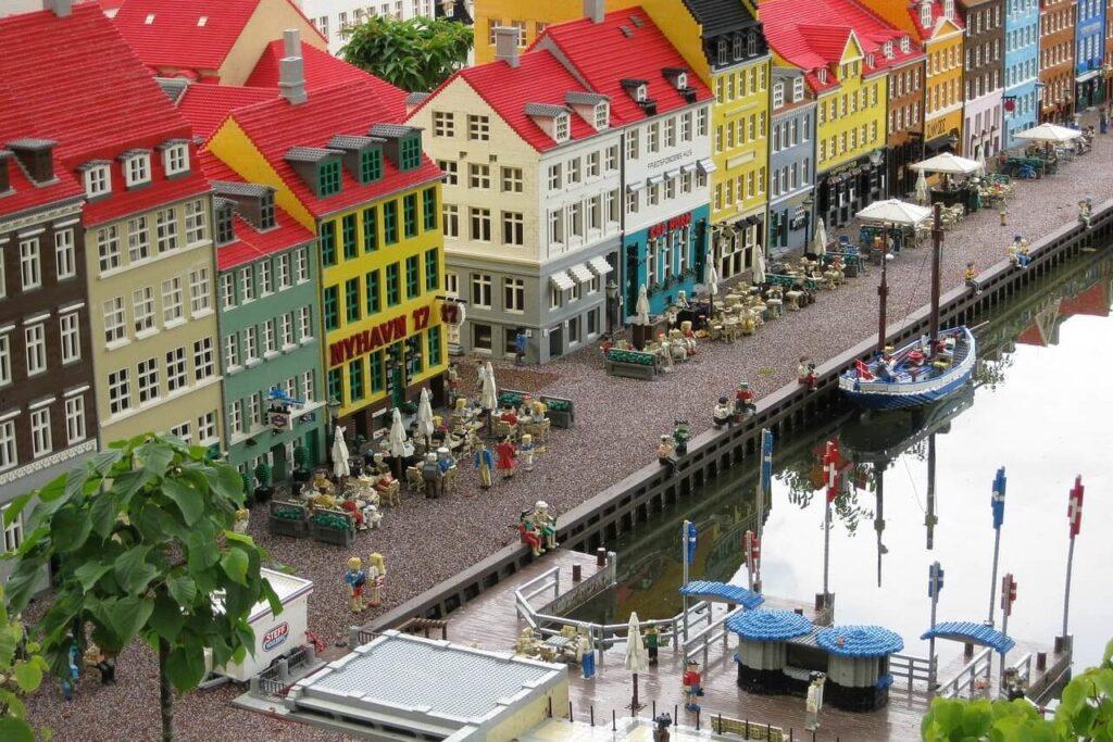 Когда лучше отдыхать в Дании - Леголенд в Копенгагене Дания