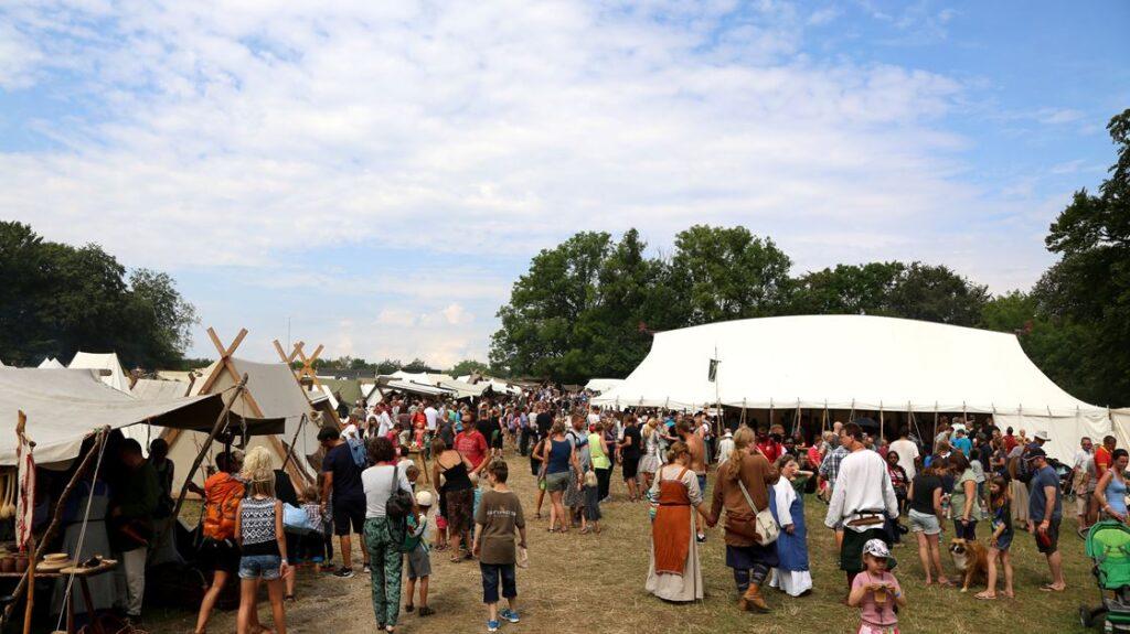 Палаточный лагерь в Дании - Moesgaard Vikingetræf
