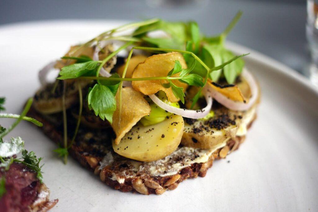 Национальная кухня Дании - блюдо Smørrebrød