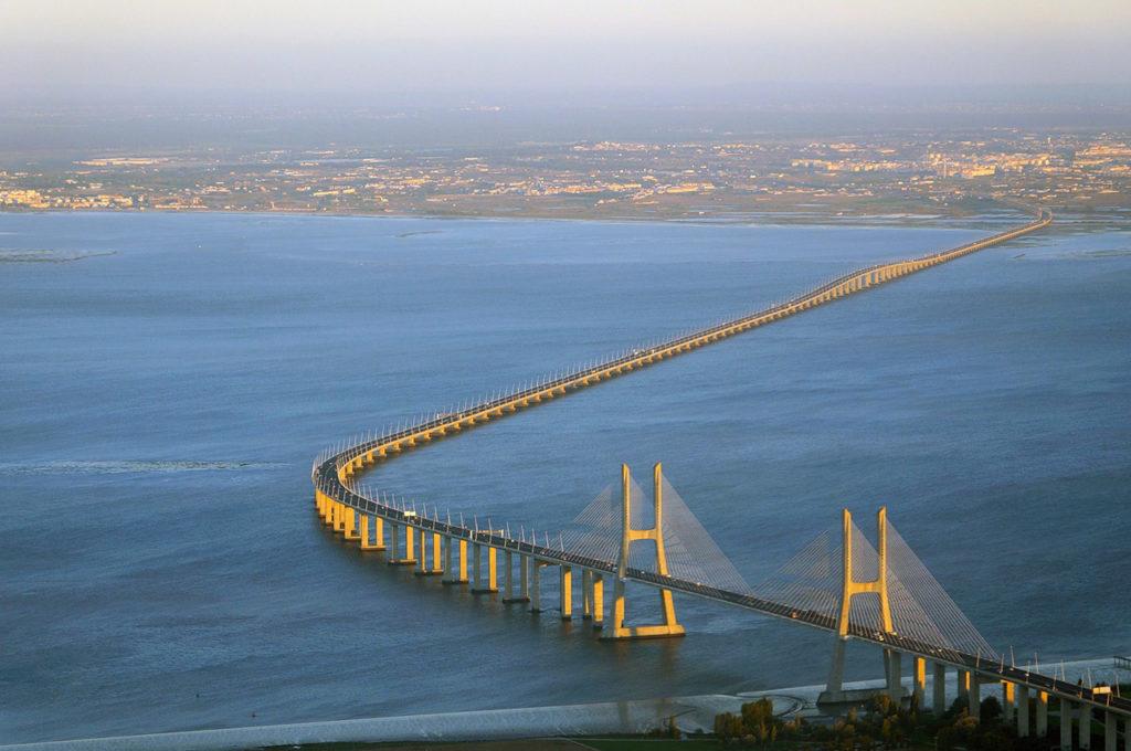 Васко да Гама мост