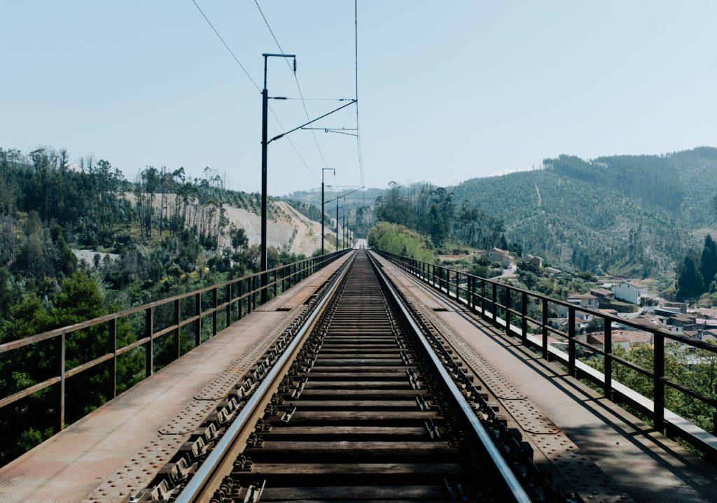 Железная дорога в Португалии