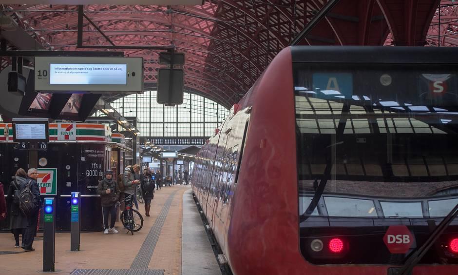 Железнодорожный транспорт Дании