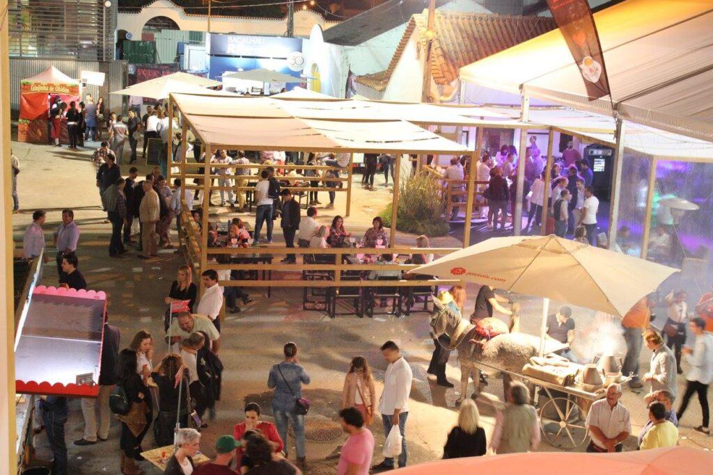 Национальный гастрономический фестиваль в Сантарен Португалия