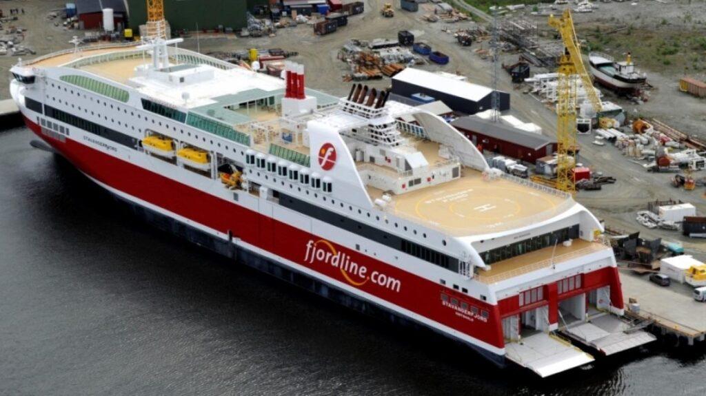 Паром Stavangerfjord в Дании