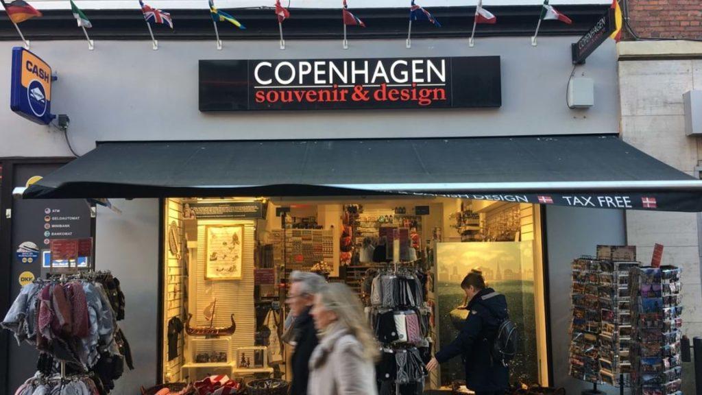 Магазин сувениров Copenhagen Souvenir & Design в Копенгагене