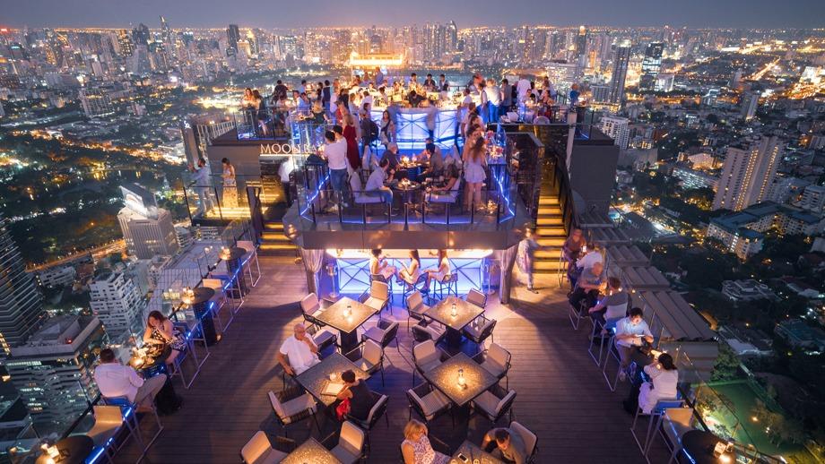 Ресторан-бар на крыше Vertigo Grill and Moon Bar