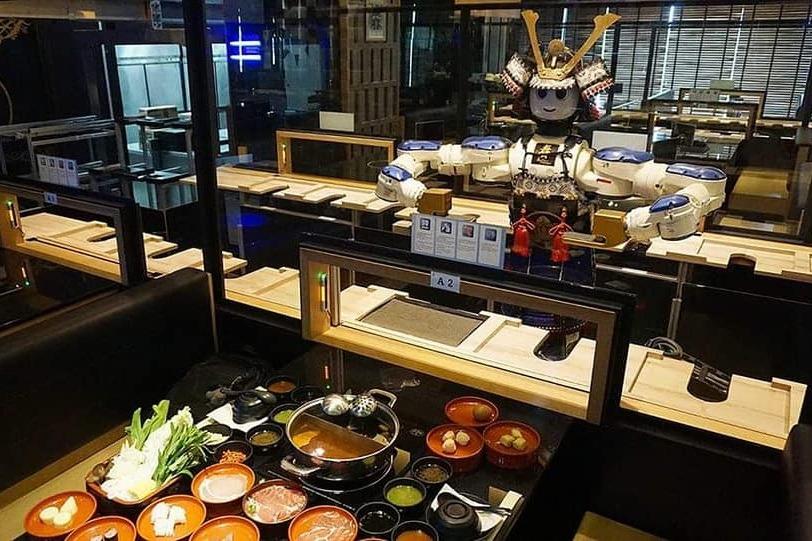 Ресторан Hajime Robot Restaurant