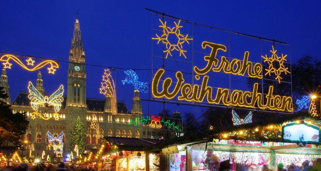 Christmas market in Vienna (Weihnachtsmarkt)
