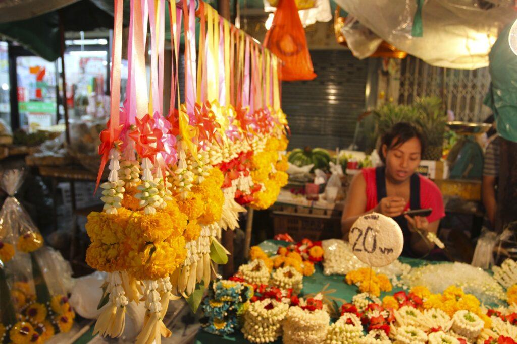 Цветочный рынок Pak Klong Talat Бангкок
