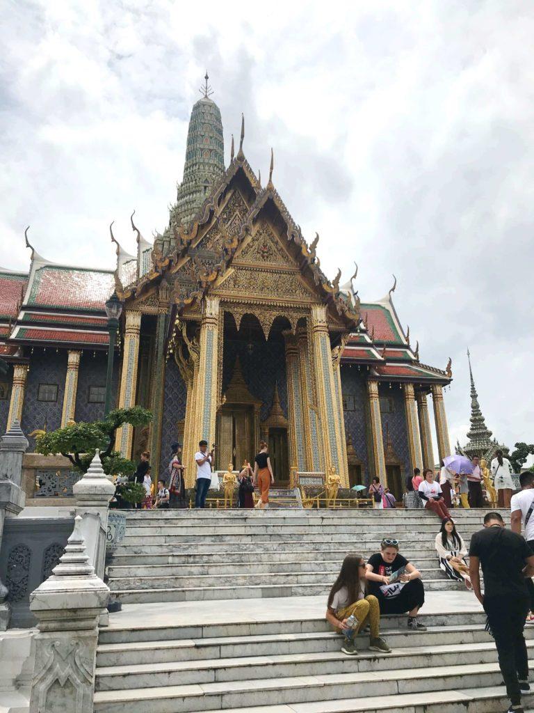 Храм изумрудного будды фото - Королевский пантеон