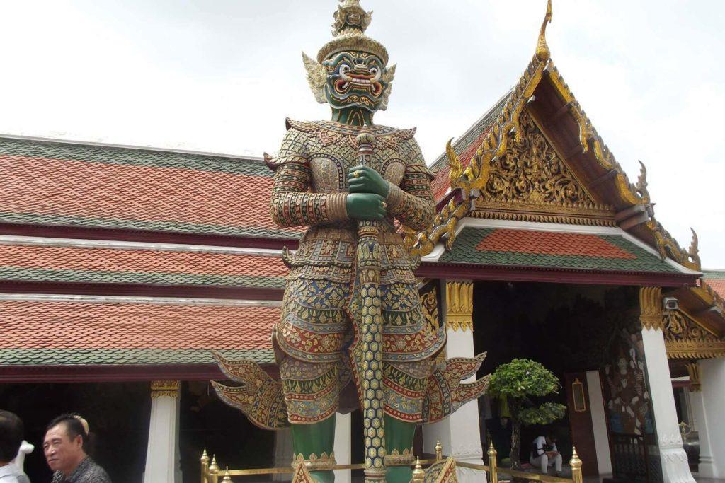 Достопримечательность Бангкока - Храм Изумрудного Будды