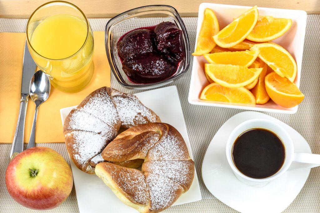 Завтрак в Монако