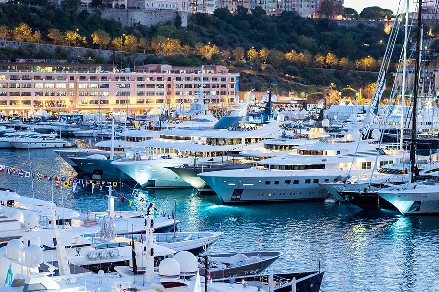 Выставка суперяхт в Монако