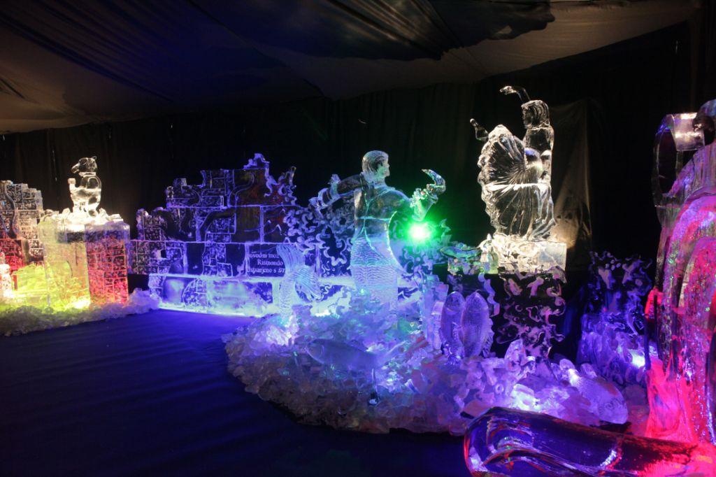 Выставка ледяных скульптур в Словении